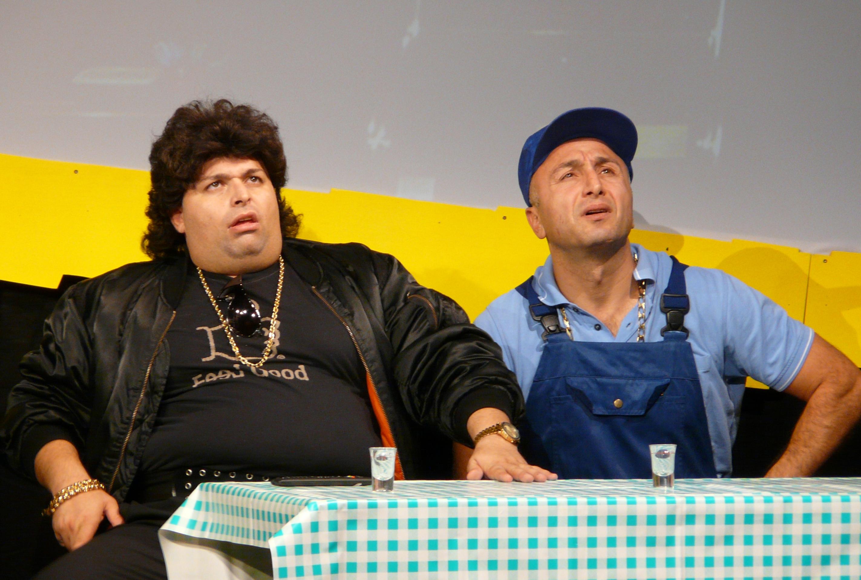 Elvis und Dusan im Café Win & Lose